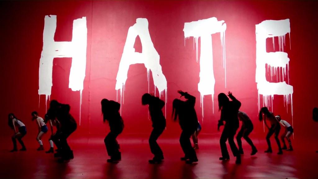 La fabbrica dell'odio